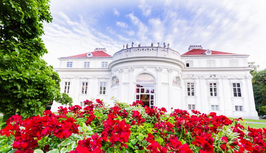 Palais Schönburg