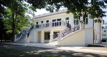 Klimt Villa