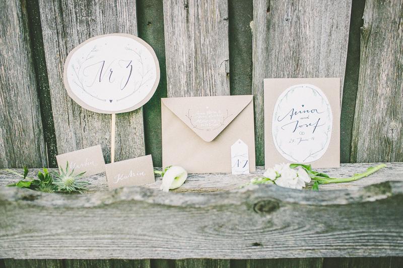 Schritt 4: Hochzeitseinladungen – Papeterie