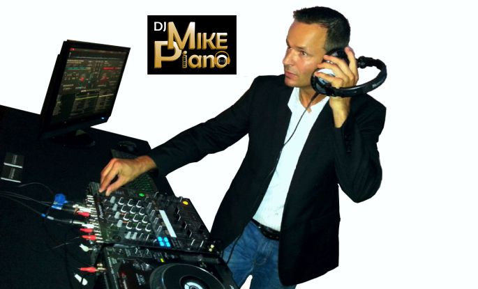 DJ_Mike_Piano_01