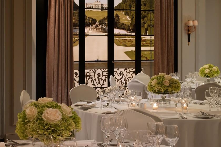 Hotel Bristol - Schönbrunn 1+2+3 - gala detail