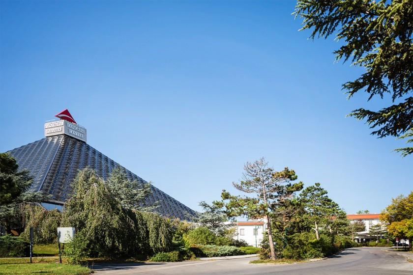 Austria Trend Eventhotel Pyramide_Außen