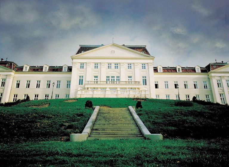 Austria Trend Hotel Schloss Wilhelminenberg_Außen