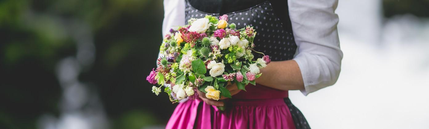 Brautkleider-Tirol-Hochzeitskleider