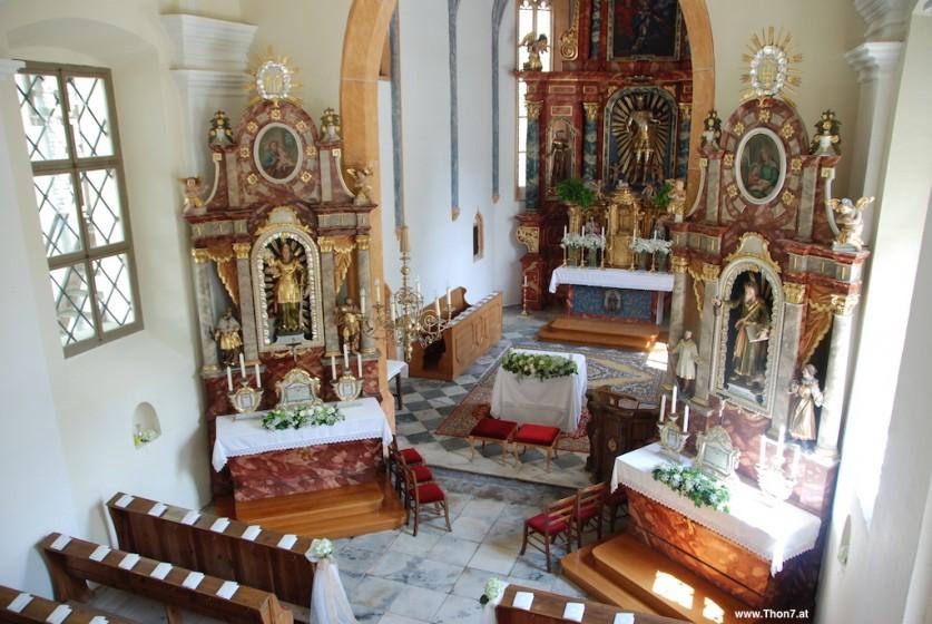 20 Kirche Thon OG1