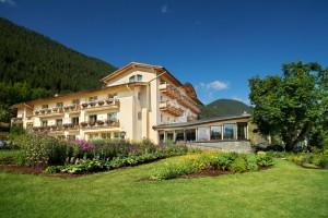 Hotel_aussen SOMMER_kompri