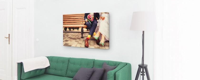 hochzeitsbild-paar-socken-couch