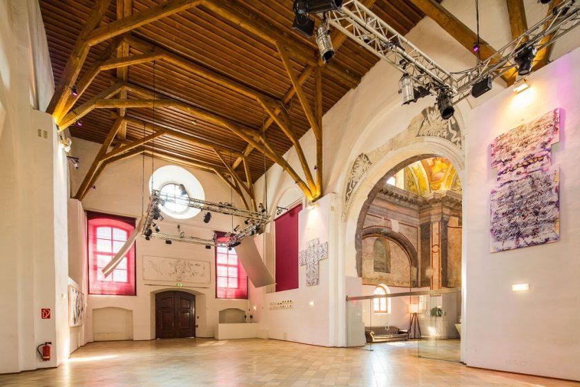 Kirchenschiff 3