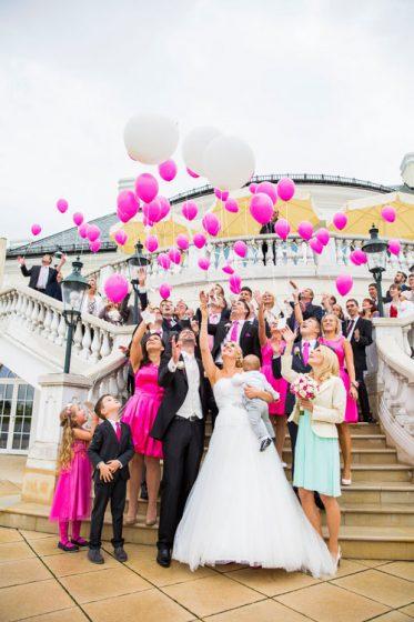 Agape_Hochzeitsfeier_Fotograf_Hochzeitsvideo_Luftballons