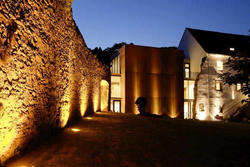Schloss Hartberg Abendstimmung (c) HSF_bernhard bergmann-min