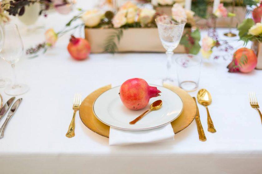 Unterteller gold-Grganatapfel-Tischdekoration by Elena Azzalini