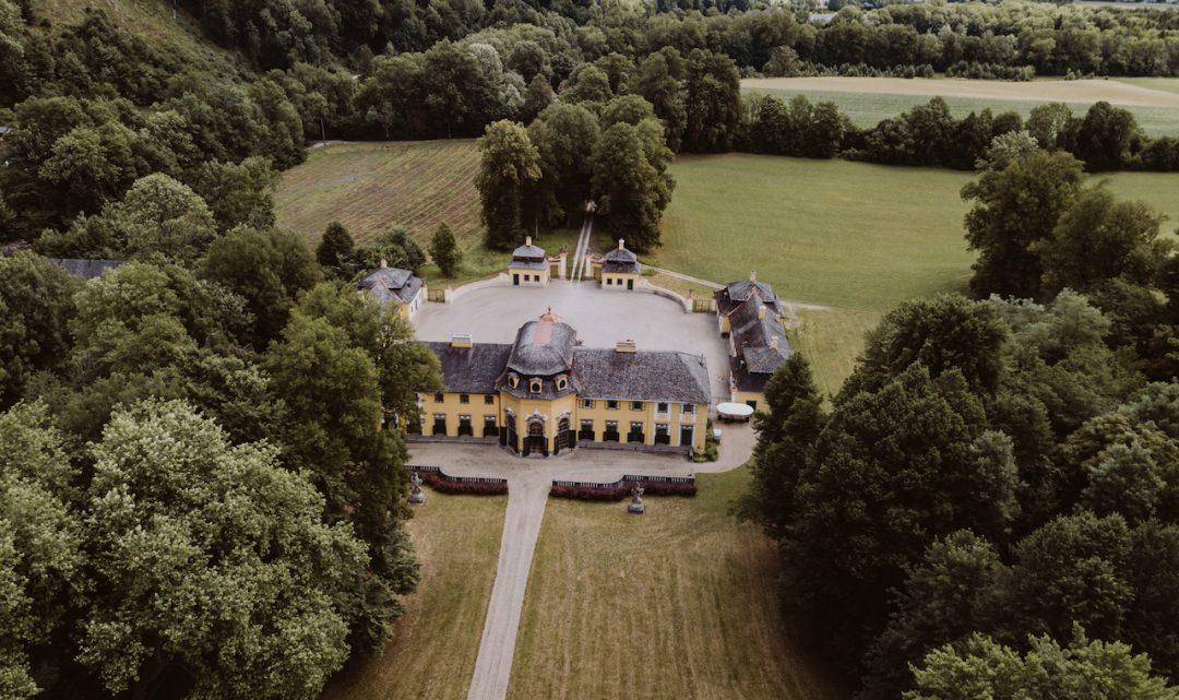 Schloss Neuwartenburg