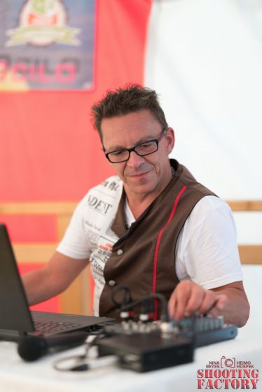 DJ Charly5 (Mittel)