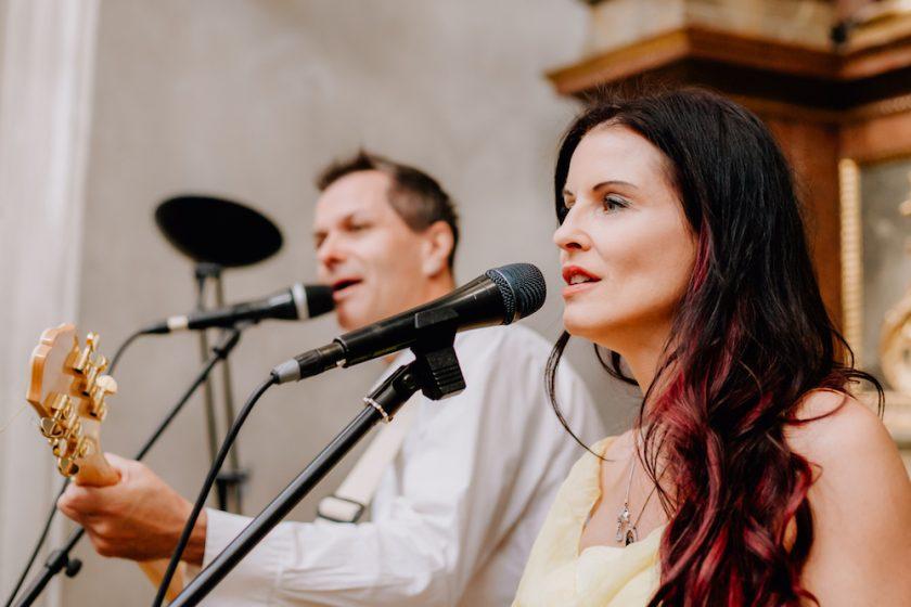 Musik bei der Trauung mit Band Just Married kl