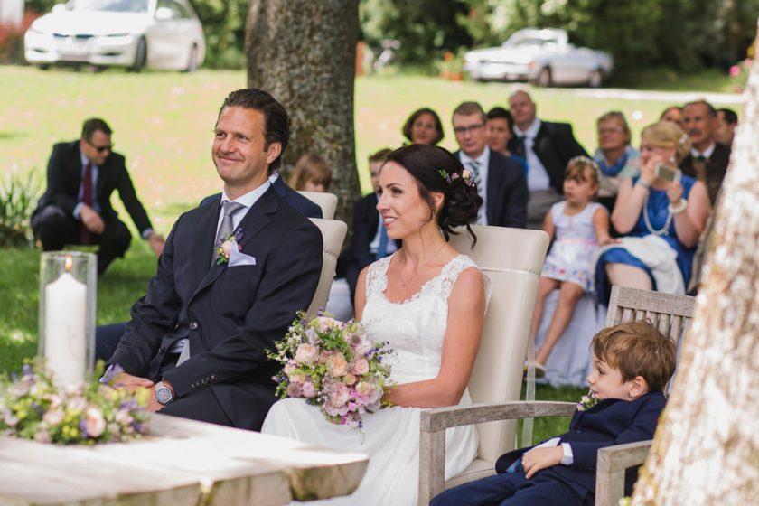 Hochzeit_Attersee_Grafengut_Brautpaar