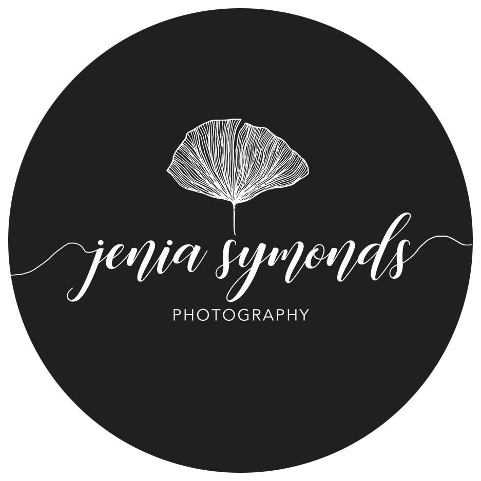 Jneia Symonds Logo Facebook Kreis