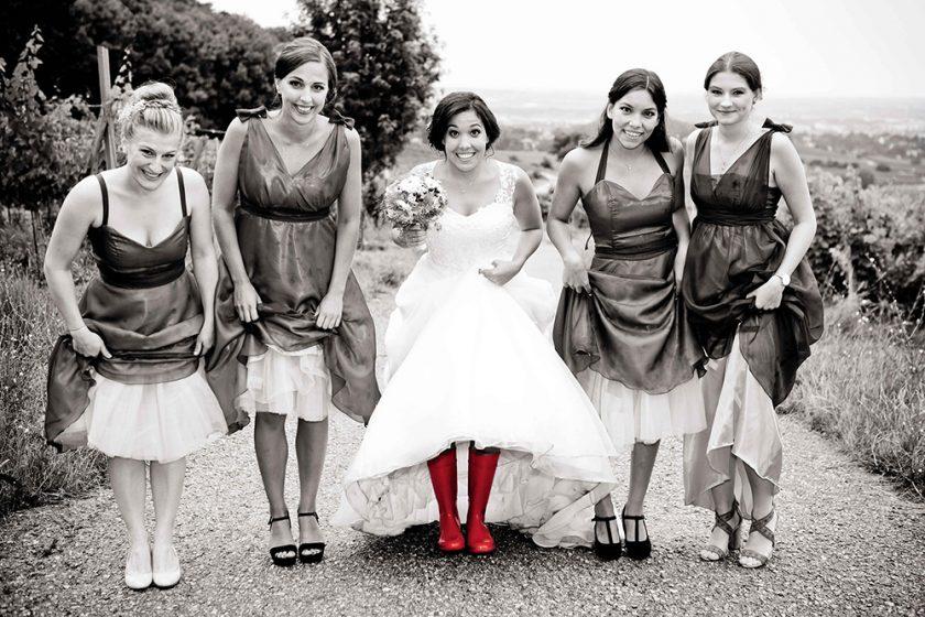 Mehr Fotos von dieser Hochzeit in Badengibt's hier www