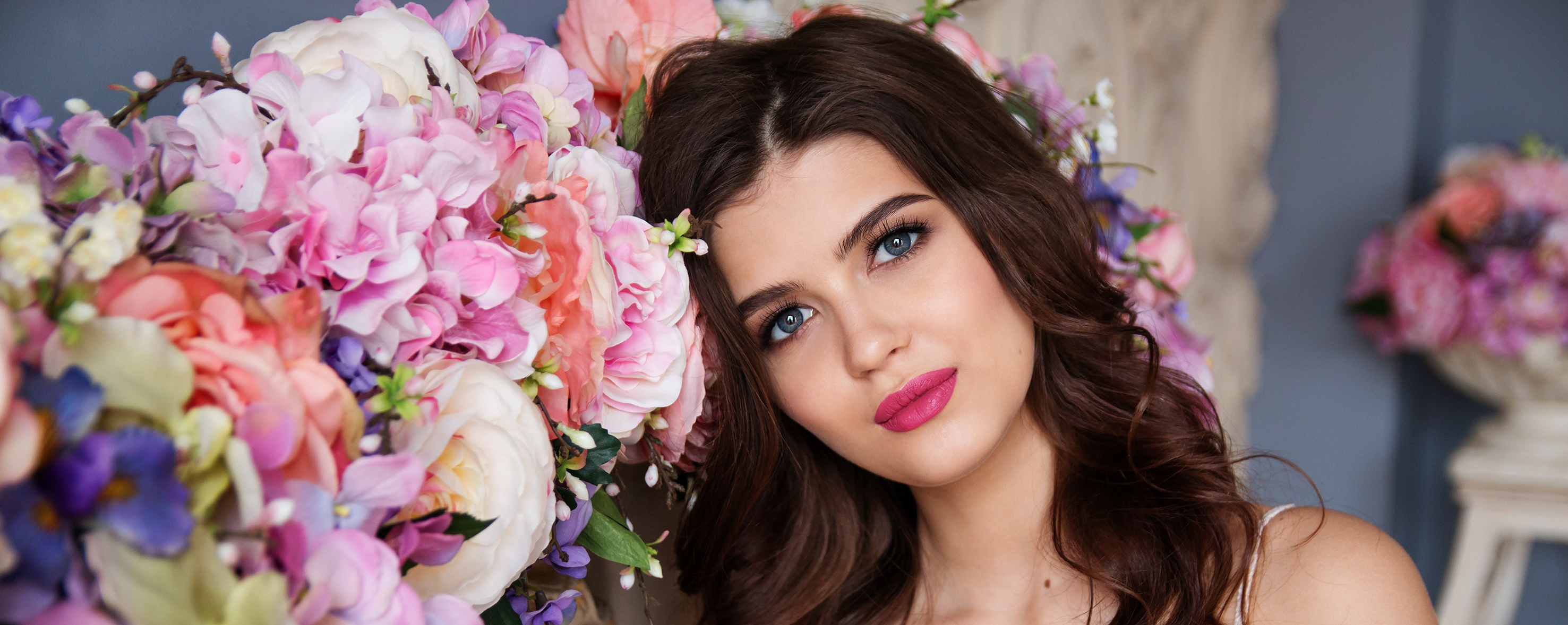 The pink blush- Makeup Artist / Stylist