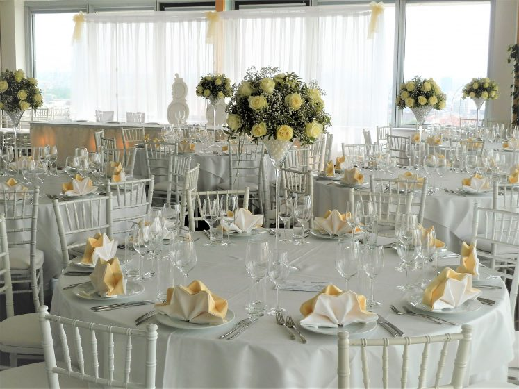 Sky Hall - Galatische mit Wedding Chair