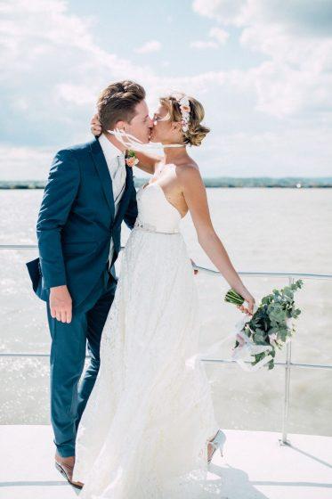 WeAreFlowergirls-Blumenkranz-Flowercrown-Hochzeit-Wedding-Flowers-Blumen_Österreich