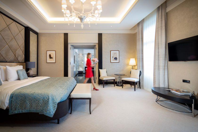 KIVIE1 - Presidential Suite - Bedroom 1