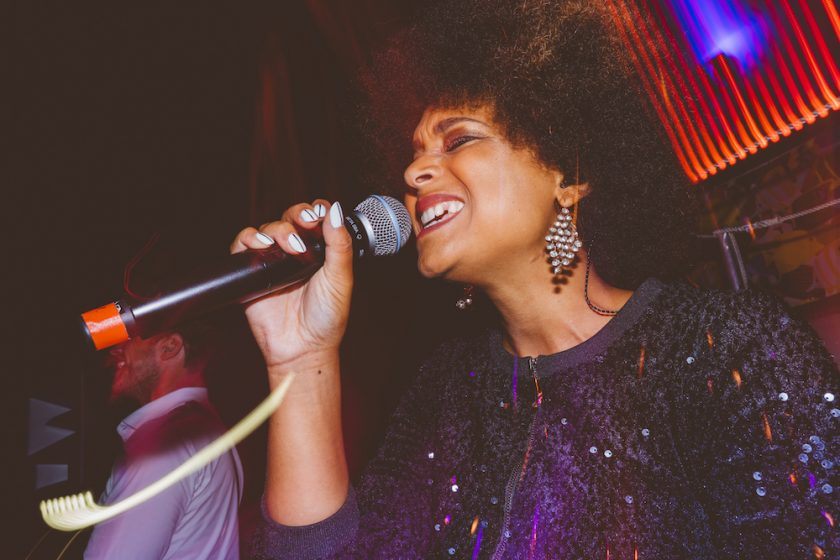 Sängerin Jea