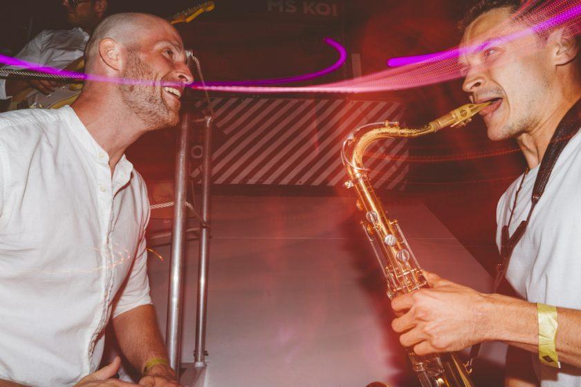 Sax Percussion Max Kamil