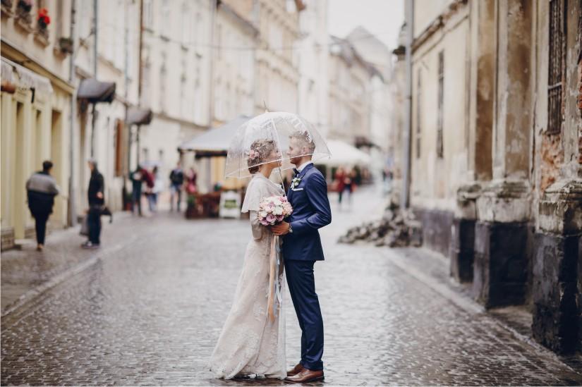 lovebirds Hochzeit bei Regen Hochzeitsplaner Weddingplanner Wien NÖ Bgld Stmk