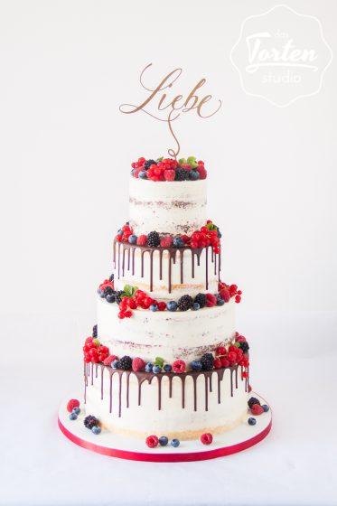 Das_Tortenstudio_Hochzeitstorte_Semi_Naked_Cake_Beeren_Schoko_Drip-1308