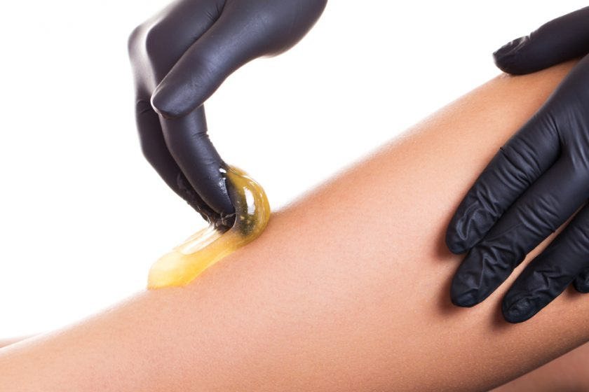 Hair,Removal,Process,On,Female,Leg,With,Epilation
