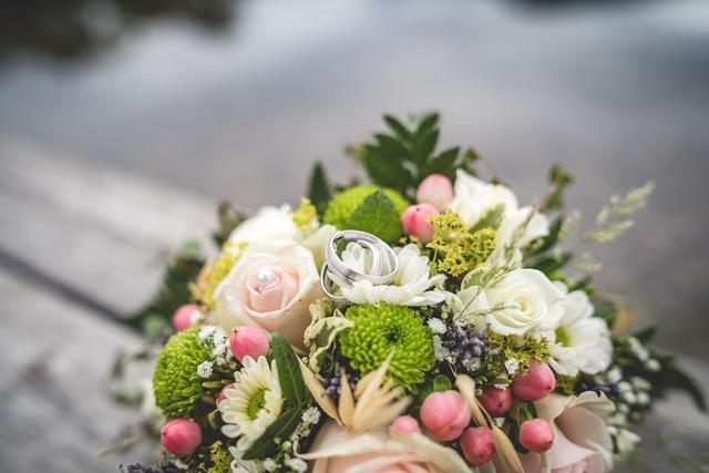 Brautstrauß weiß/rosa