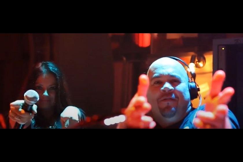 DJ & Sängerin_1