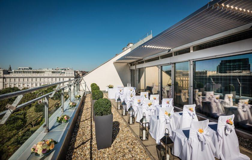 Rooftop_Terrace_Wedding_Ceremony_01