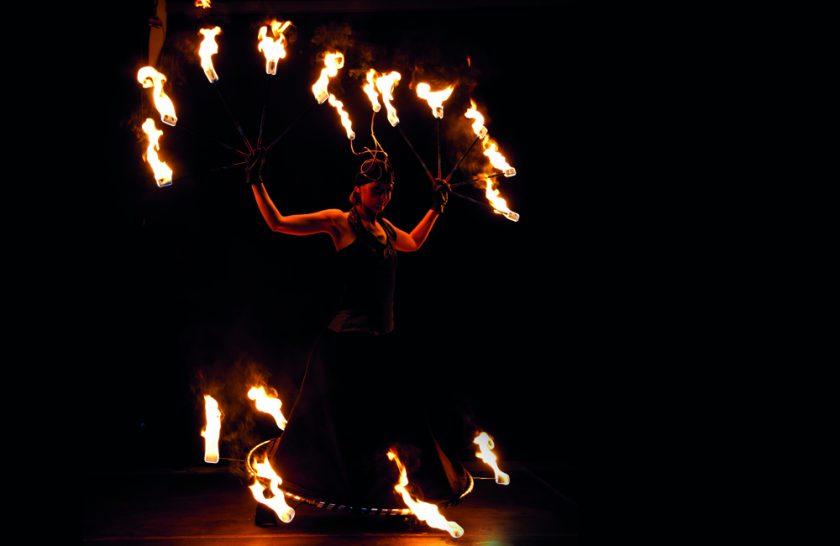 FENFIRE Feuershow_Firequeen