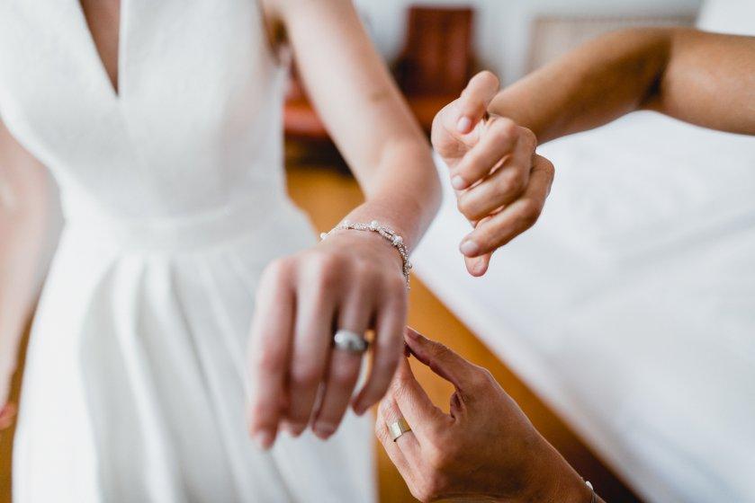 gut-oberstockstall_hochzeitslocation_constantin_wedding_20180914170310554133