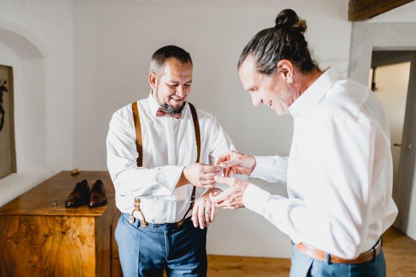 gut-oberstockstall_hochzeitslocation_constantin_wedding_20180914170324971848