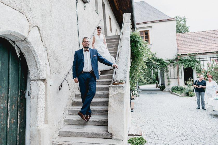 gut-oberstockstall_hochzeitslocation_constantin_wedding_20180914170340952590
