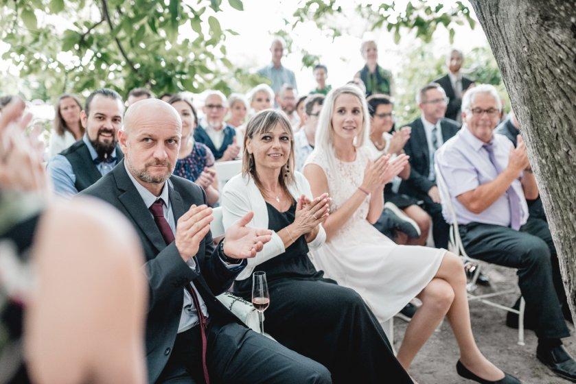 gut-oberstockstall_hochzeitslocation_constantin_wedding_20180914170630799823