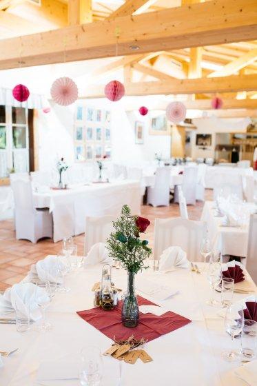 heurigen-restaurant-schotten_hochzeitslocation_a_tale_of_hearts_20190412090406799291