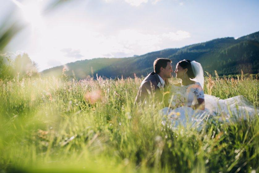 hotel-hofwirt-seckau_hochzeitslocation_weddingstyler_-_carrie_&_mäx_00011