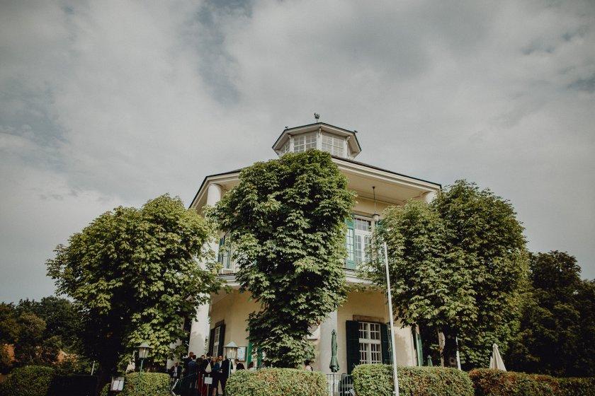 lusthaus-wien_hochzeitslocation_ivory_rose_photography_20200111174703356237