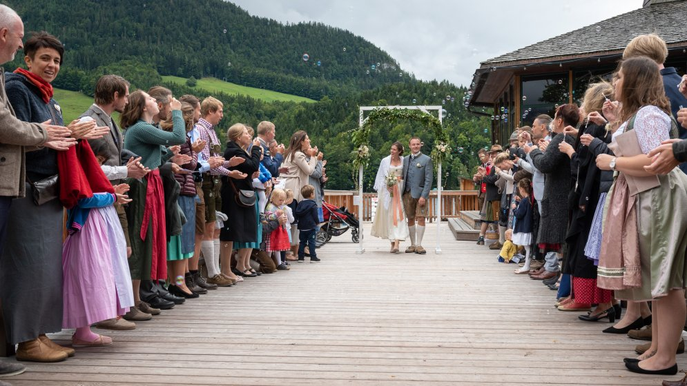 mondi-holiday-seeblickhotel-grundlsee_hochzeitslocation_living_moments_20191102202235355038