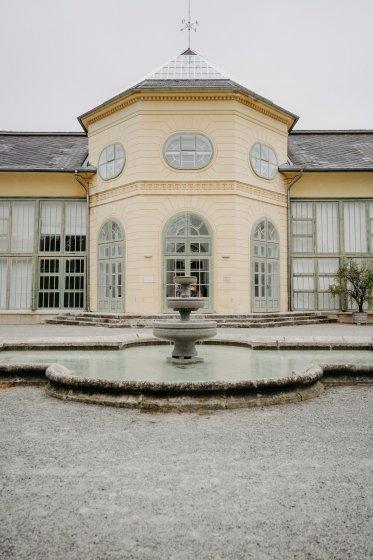 orangerie-schlosspark-eisenstadt_hochzeitslocation_memories_&_emotions_photography_20200408120348483715