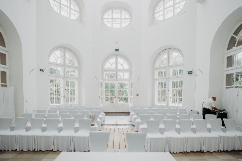 orangerie-schlosspark-eisenstadt_hochzeitslocation_memories_&_emotions_photography_20200408120350511641