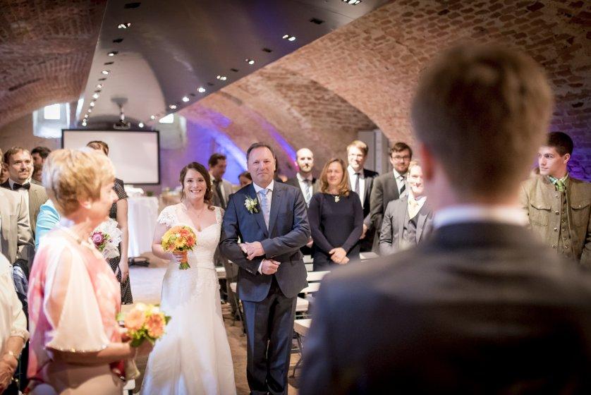 pfarrwirt--das-lteste-wirtshaus-wien_hochzeitslocation_weddingreport_00031