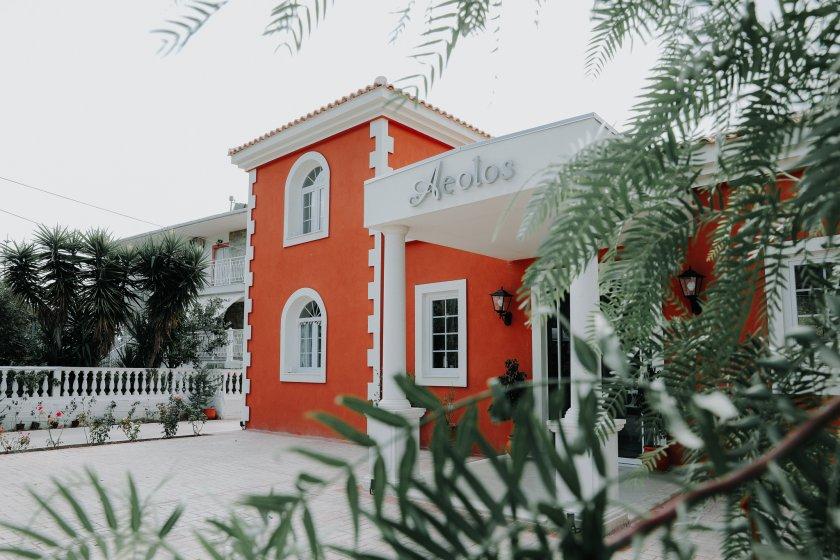 porto-azzuro-beach-bar_hochzeitslocation_weddingstyler_-_carrie_&_mäx_00001