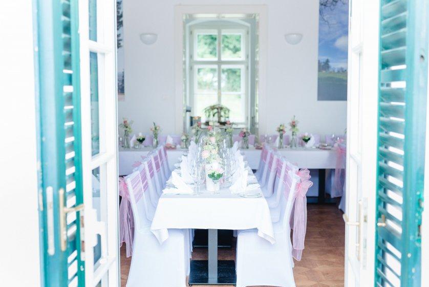 restaurant-gloriette-eisenstadt_hochzeitslocation_memories_&_emotions_photography_00004(2)