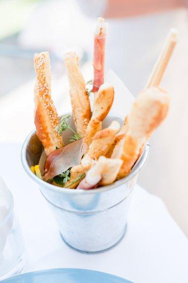 restaurant-gloriette-eisenstadt_hochzeitslocation_memories_&_emotions_photography_00018(2)