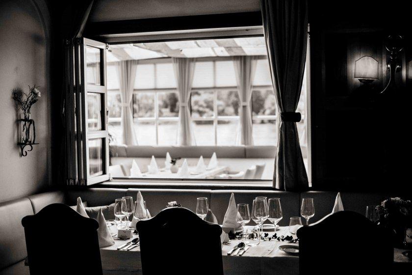 restaurant-tuttendrfl_hochzeitslocation_eure_hochzeitsfotografen_20191215150226837207