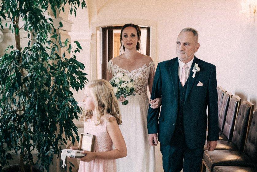 schloss-lamberg_hochzeitslocation_punky_wedding_photography_20190905151235017010